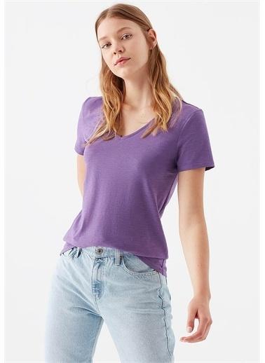 Mavi Kadın  V Yaka Basic Tişört 168260-33536 Mor
